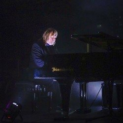 Rick Wakeman – Still telling Wondrous Stories...